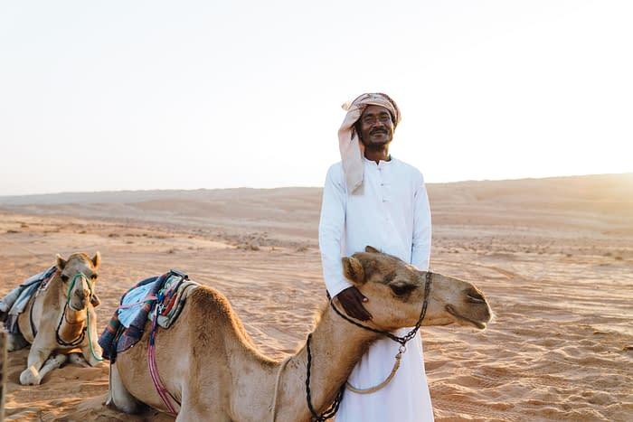 Canvas-Club-Kamele-Guide-Wahiba-Wüste-Oman